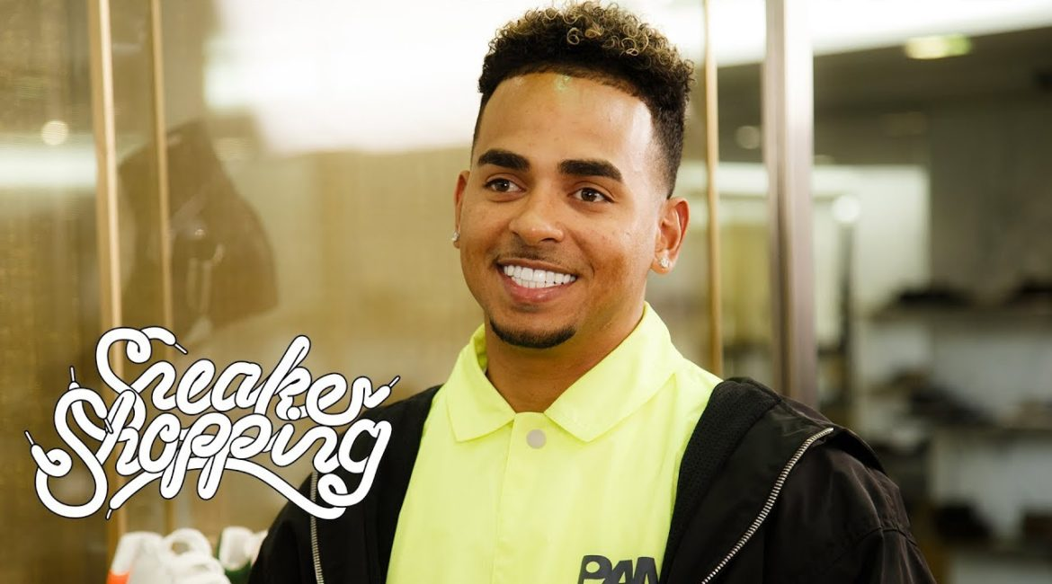 Ozuna Goes Sneaker Shopping With Complex